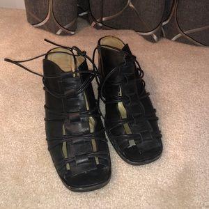 Amiana Women's leather sandal Size 7